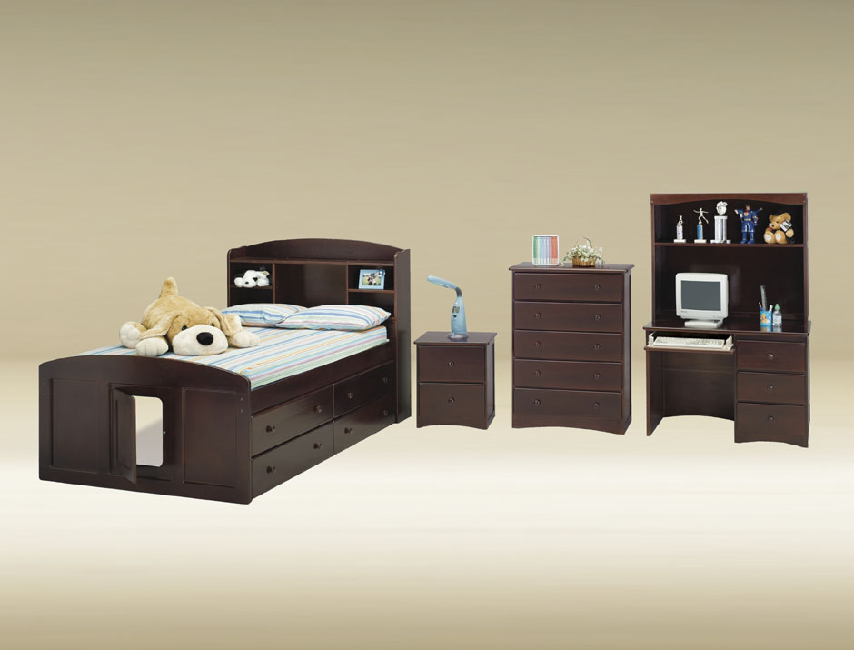 CAF-WAL Full Captains Bed in Walnut